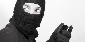 do-these-7-things-to-keep-your-money-safe-if-smartphone-lost